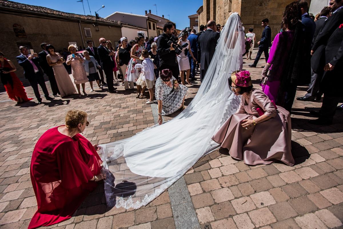 Fotografo de boda.Reportaje de boda en Fuentesauco. Cristina y Alberto 18