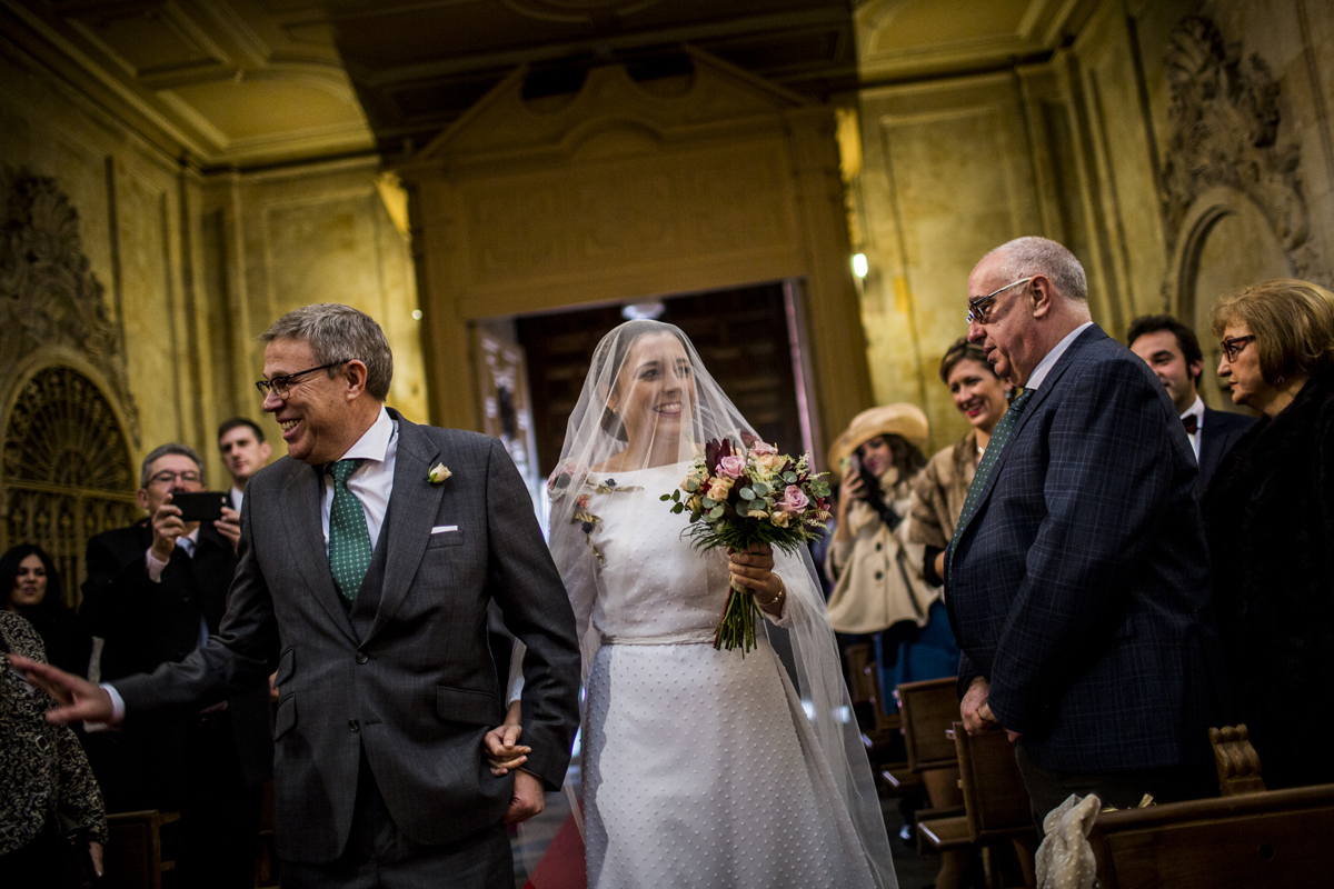 Reportaje de boda de Rafa y Maria en la iglesia de San Sebastián, Fotografo de bodas 28