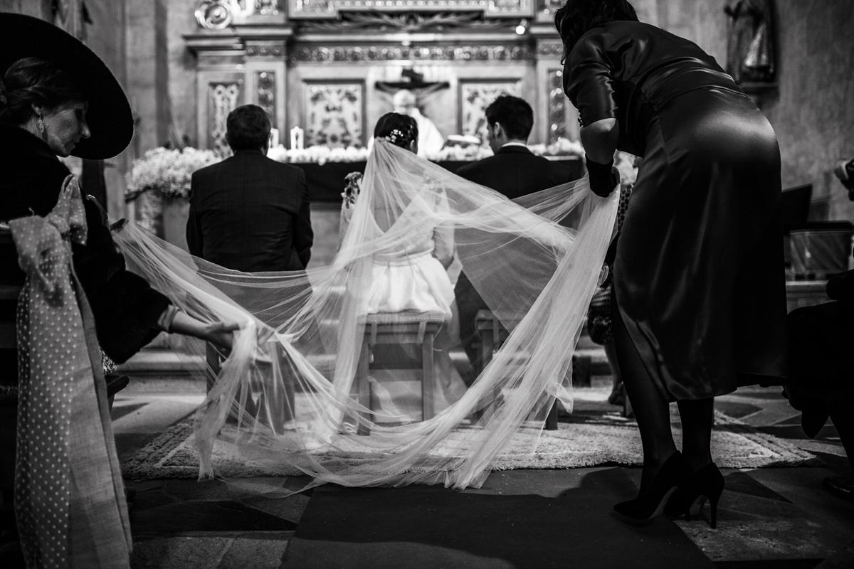 Reportaje de boda de Rafa y Maria en la iglesia de San Sebastián, Fotografo de bodas 31